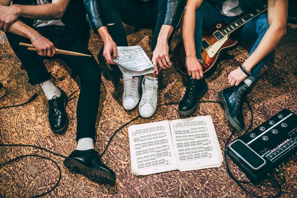 Oinoz o cómo se forma una banda de música